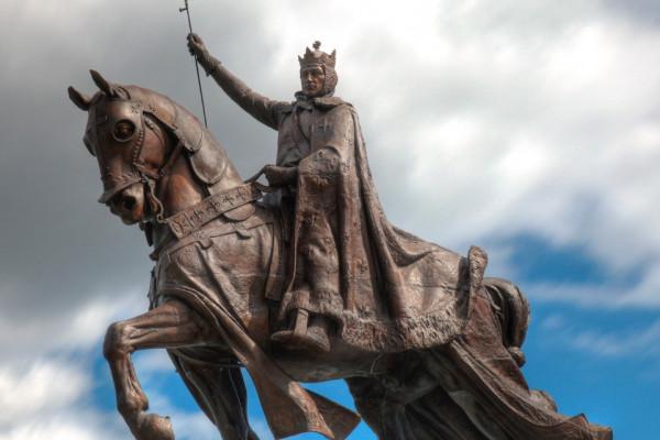 Dőljenek a középkori antiszemiták szobrai?