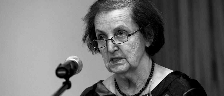 A munka, a tudás és a felelősség: Ormos Mária halálára