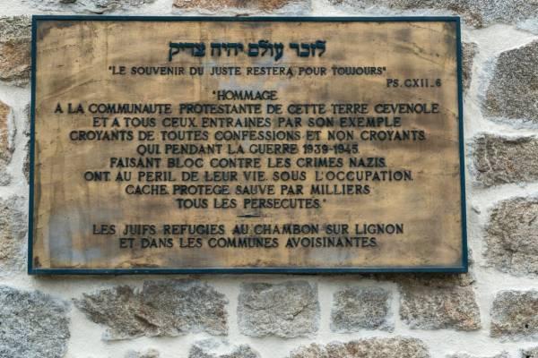 Több százmillió forintot hagyott egy idős bácsi arra a francia falura, ahol a családját bujtatták a nácik elől