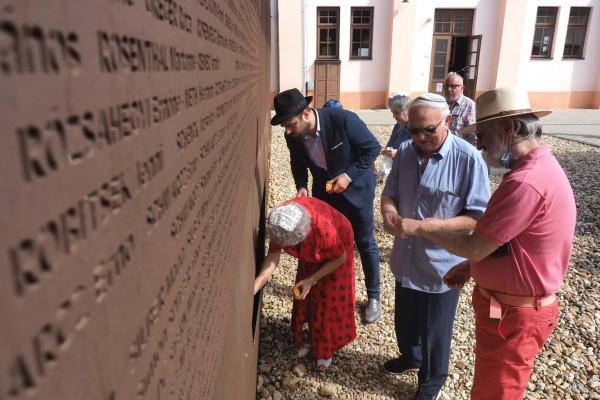 A holokauszt áldozataira emlékeztek Debrecenben