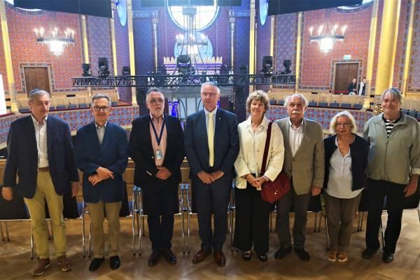Nemzetközi delegáció Trócsányi László vezetésével a Rumbach-ban