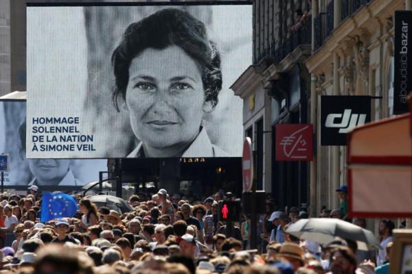 A teljes francia politikai elit elítélte az antiszemita incidensek számának emelkedését