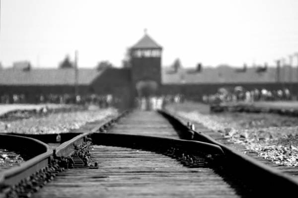 Először ítéltek el egy vádlottat holokauszttagadásért Romániában