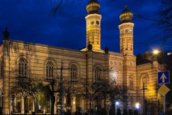 Különlegesség a Dohányban: zsidó és katolikus egyházzenék párbeszéde