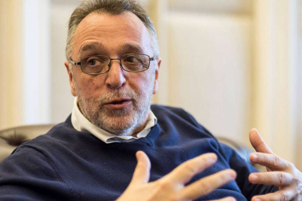 Heisler András a közrádióban: Nem könnyű a helyzet, de a Mazsihisz felkészült
