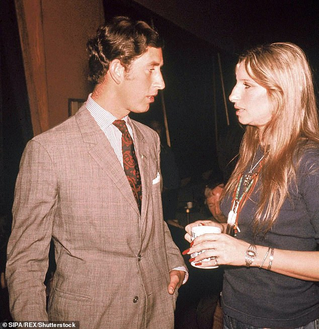 15763760-7223899-Connection_Barbra_and_Prince_Charles_first_met_in_1974_pictured_-a-51_1562575732745.jpg