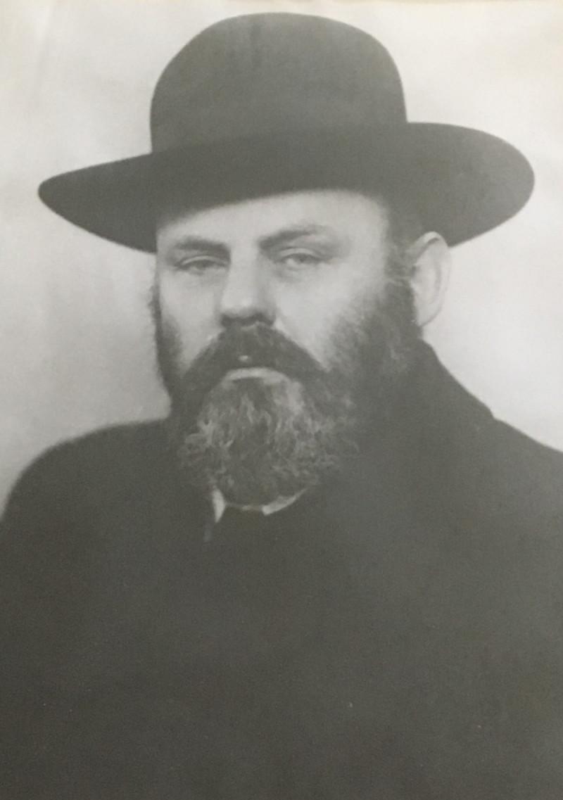 dománernő-rabbik.jpg